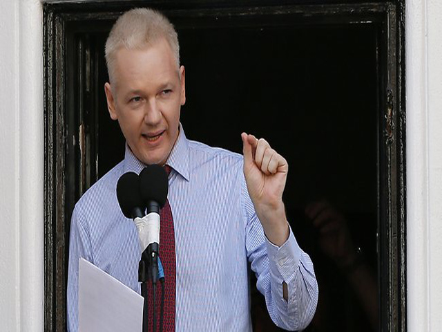 El castigo de Julian Assange, estar condenado sin haber sido acusado