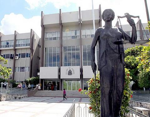 Gobierno niega injerencia en  tribunales para afectar a  David Romero