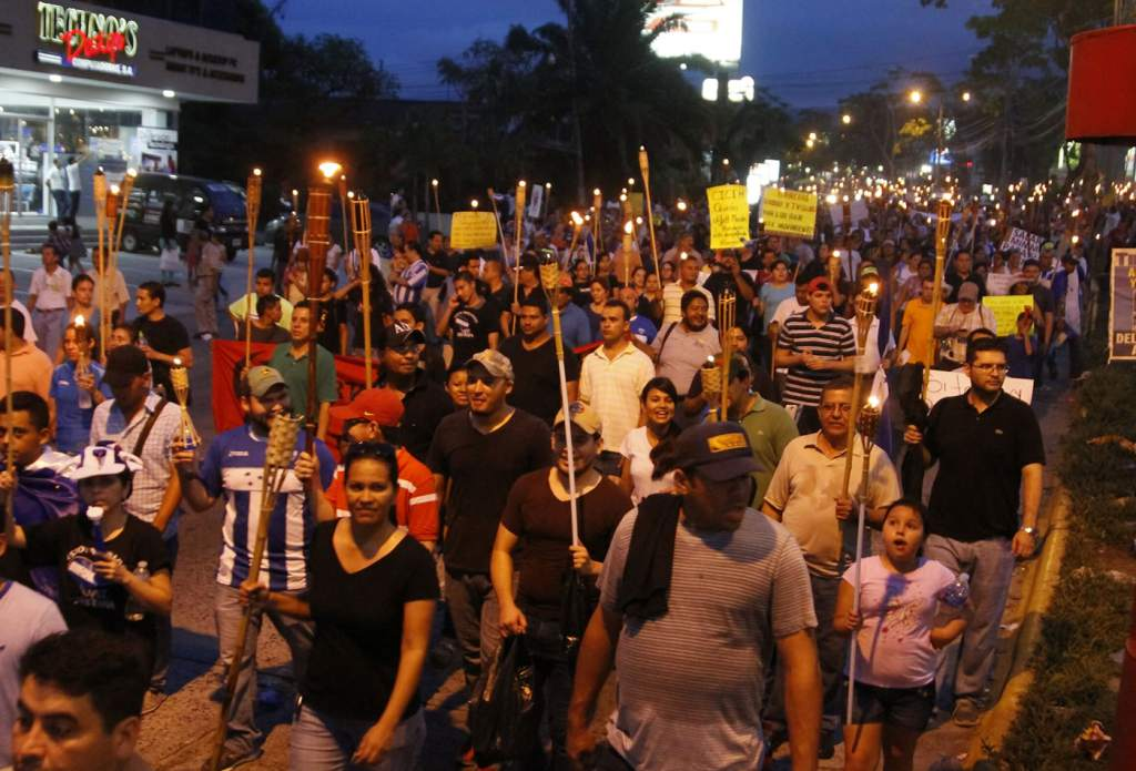 Análisis sobre la incoformidad: Arde Centroamérica