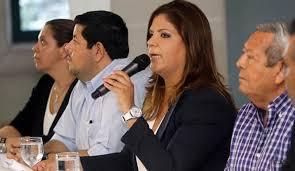 Lena Gutiéreez aseguró el jueves anterior, durante una conferencia de prensa, que ella y su familia no tienen nada que temer, porque las acusaciones en su contra son una persecusión política.