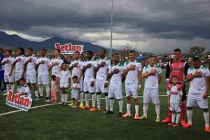 Plantel con que ascendió a primera división el Juticalpa Fútbol Club.