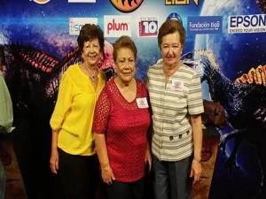 Las distinguidas damas Leila Kawas de Gaitán, Ana María de Martínez y Mirian de Montes.