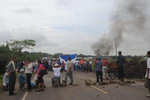 La Policía Nacional advierte desalojos en caso que se registren tomas este viernes.