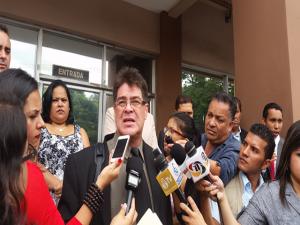 Rodolfo Zamora,  vocero de los abogados defensores del Estado de Derecho.