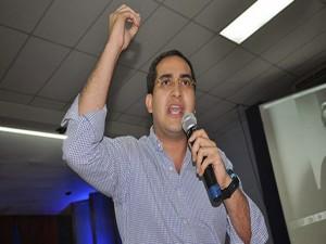 Marco Midence comisionado de Conatel