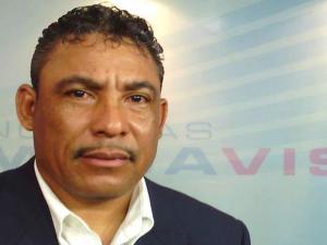 Periodista Mario Martínez de Megavision.