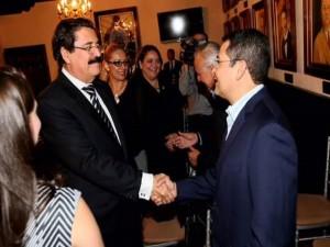 Manuel Zelaya y Juan Hernández, son las figuras que sobresalen en caso de una eventual reelecci{on presidencial en Honduras.