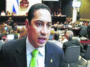 Osman Aguilar, congresista del Partido Liberal