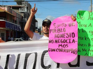 """""""Somos un pueblo honesto, no negociamos con corruptos""""."""