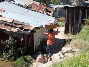 La pobreza en Honduras solo es superada por Haití