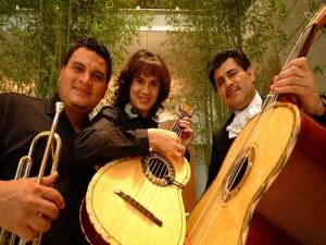 """La ranchera y el bolero es parte de su accionar musical con su """"Mariachi sin Fronteras"""""""