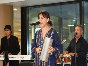 María Isolina, también disfruta el merengue, la salsa y la guaracha en sus presentaciones