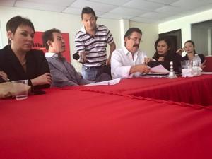 La reunión entre Nasralla y Zelaya se llevó a cabo en la sede del Partido Libre.