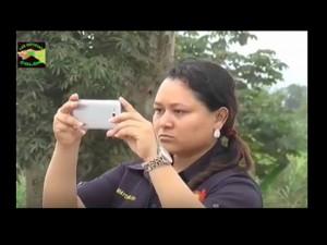 La toma de fotografías hacia el comunicador fue masiva, casi todos los empleados lo hicieron con sus cámaras y celulares.