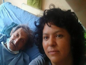 Baerta Cáceres aqui junto al también fallecido cacique Tolupán Cipriano Martínez