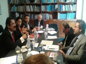Expresidente,  Mel Zelaya reunido con personeros de la MACCIH