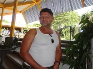 Nestor Urquía