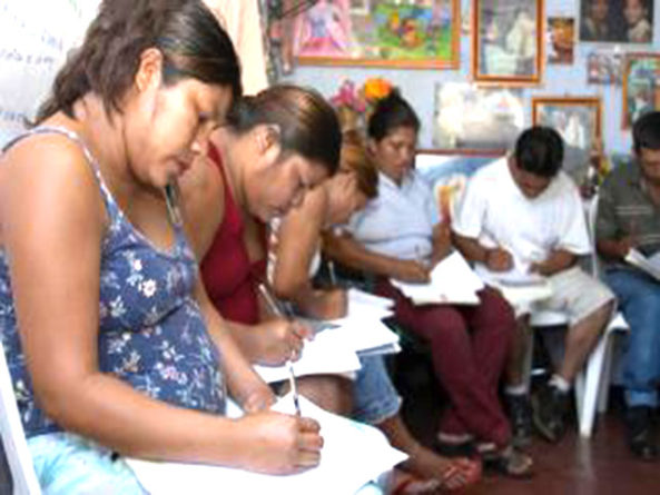 Análisis: Alfabetizar: Más problemas que soluciones