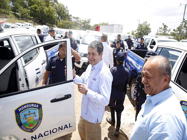 """HONDURAS.- Disolución de la Policía Nacional y creación de """"Autodefensas"""""""