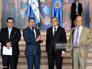 Arturo Corrales Álvarez fue delegado por el presidente Juan Hernández para que negociara con la OEA el convenio de la MACCIH.