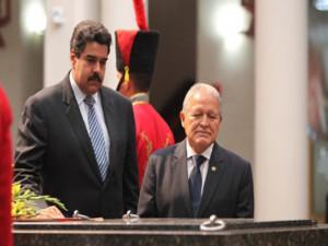 Maduro-y-Sanchez-Ceren