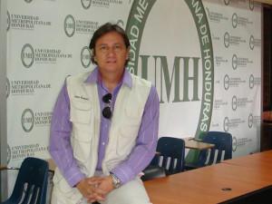 Aldo Romero, director de la carrera de periodismo en la UMH
