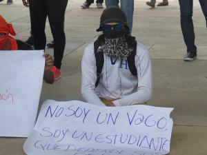Estudiantes solo pelean por sus derechos que les son negados por las autoridades de la UNAH