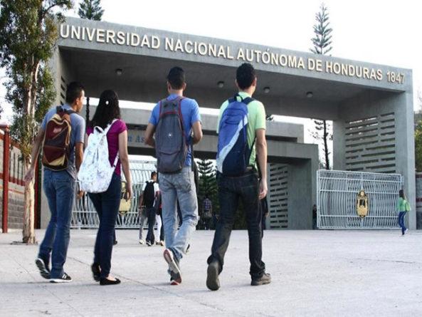 ¿Es la universidad un lugar para reflexión?