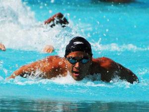 Allan Gutiérrez, promesa de la natación hondureña en Rio 2016
