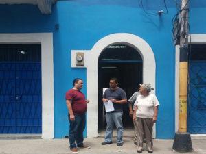Miguel Briceño y Luis Munguía en la sede del Partido Nacional en Tegucigalpa, Honduras