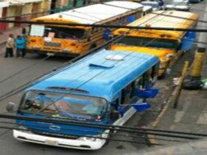 Tegucigalpa se vio atiborrada de buses que vinieron de todos los departamentos del país y el gasto fue enorme.