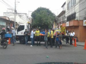 Las gruas de la municipalidad de Tegucigalpa fueron usadas en el evento para cerrar las calles violando el derecho de circulación de los ciudadanos