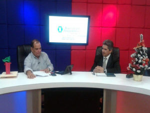 David Romero y Hector Amador en el programa Interpretando la Noticia de Radio Globo