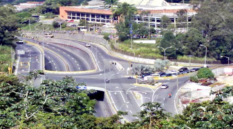 A medias se llevó a cabo paro en Venezuela
