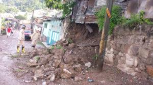Estos son partes de los daños causados en varias colonias de la capital hondureña.