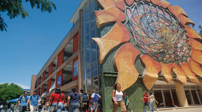 Estudiantes de la Universidad de Costa Rica se solidarizan con estudiantes de la UNAH-VS