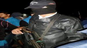 Con los rostros cubiertos y portando escopetas los guardias de Marlon Escoto irrumpieron en la madrugada, golpeando alumnos y alumnas