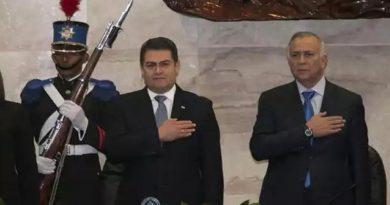 Pleito entre Mauricio Oliva y el Ejecutivo es una cortina de humo: Jorge Lobo