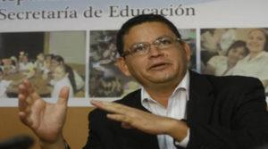 Marlon Escoto, titular de la Secretaría de Educación