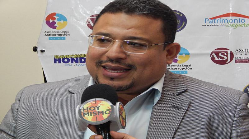 """""""Testaferrato político"""" a la vista en elecciones de noviembre: Omar Rivera"""