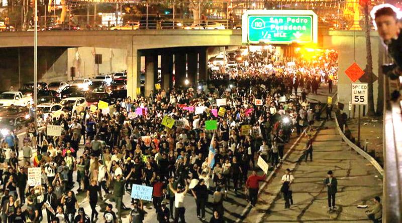 Estudiantes de Estados Unidos protestan contra Trump en todo el país