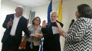 La presidente del CES, Julieta Castellanos, juramentó a los miembros de la Comisión de Auditoría Académica.