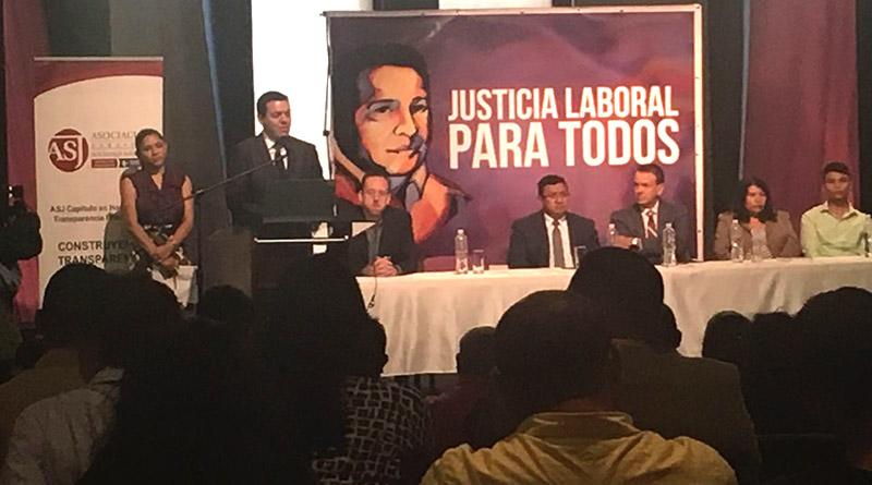 Estudio revela que gobierno de Honduras contrata empresas que violan derechos laborales