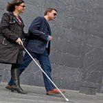 """Inteligencia artificial de Facebook permite """"leerle""""  fotos a los ciegos"""