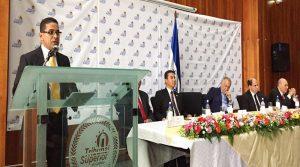 José Juan Pineda, presidente del TSC cuando daba su discurso de toma de posesión