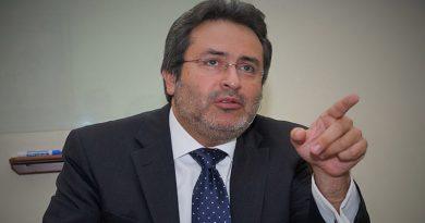 Jiménez Mayor aclara que no hay salario extra para fiscales de UFECIC