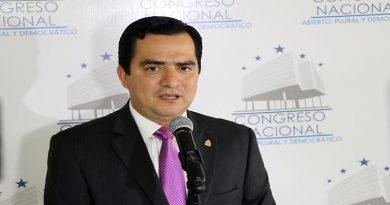 Propuesta de diputado Mario Pérez de prohibir el aborto es un retroceso fundamentalista