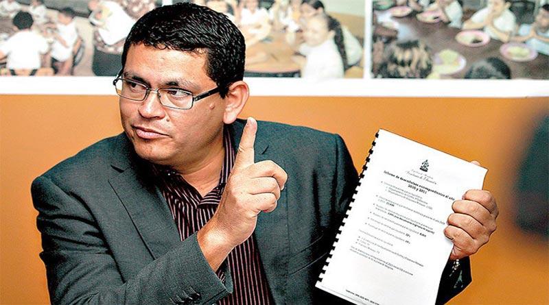 Conozca espeluznante acto de corrupción de Marlon Escoto