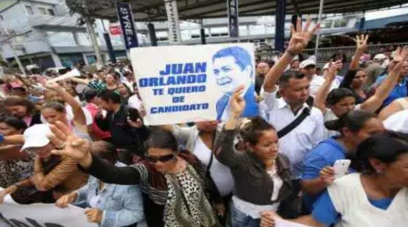 Nacionalistas celebran ilegal inscripción de JOH ante el TSE