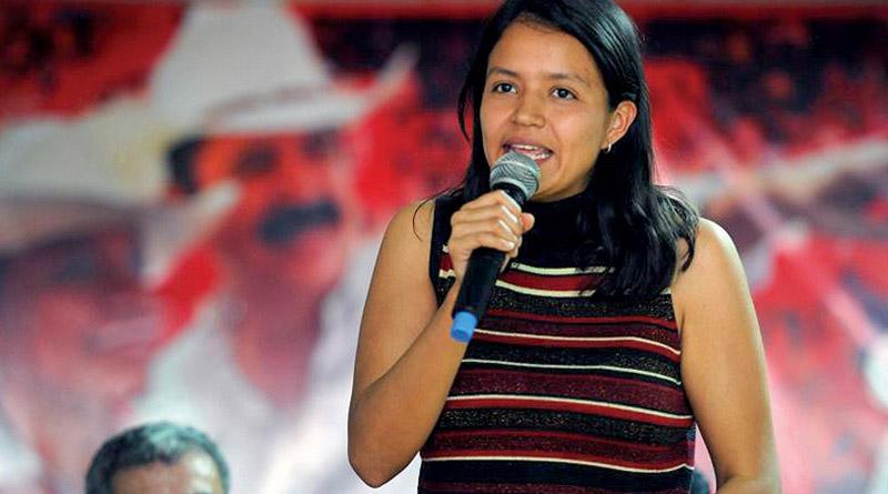 Hija de Berta Cáceres lanza candidatura a diputada por Libre